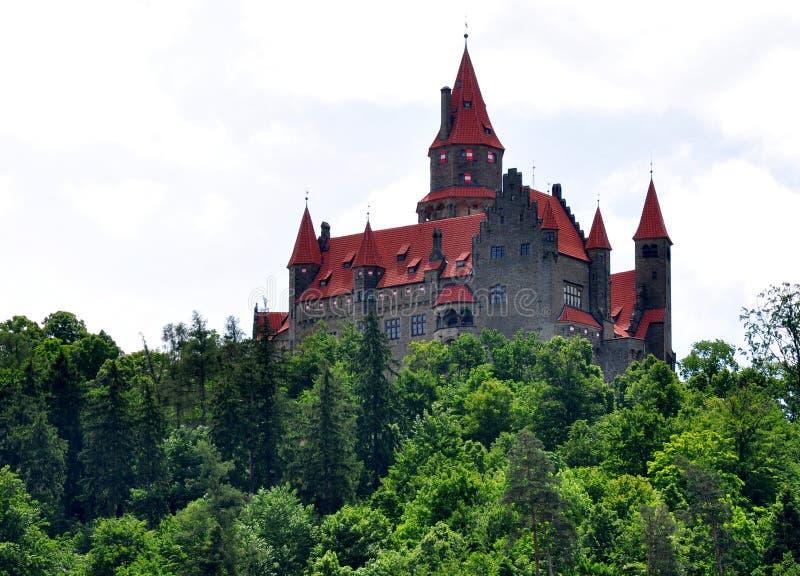Castello Bouzov, Moravia, repubblica Ceca, Europa fotografia stock