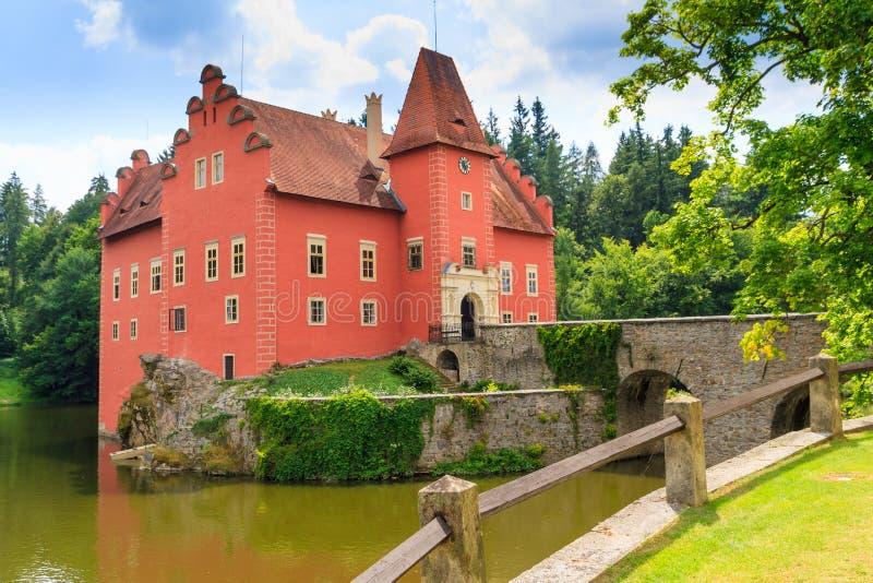Castello Cervena Lhota dell'acqua rossa nel Boemia meridionale fotografie stock
