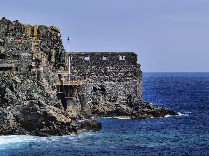 Castello del mare su La Gomera fotografia stock libera da diritti