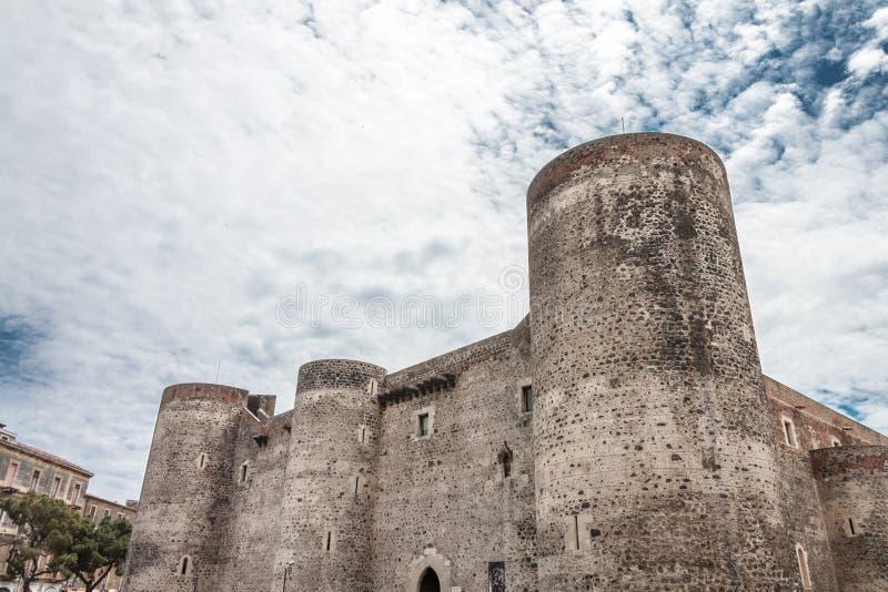Castello dell'orso di Castello Ursino, anche conosciuto come Castello Svevo di C immagine stock