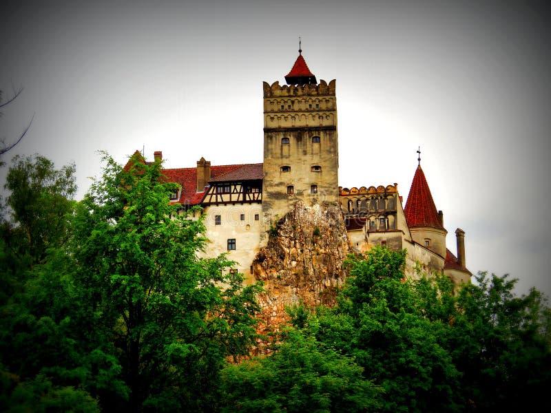 Castello della crusca su bagnato e su Windy Day, Romania fotografie stock