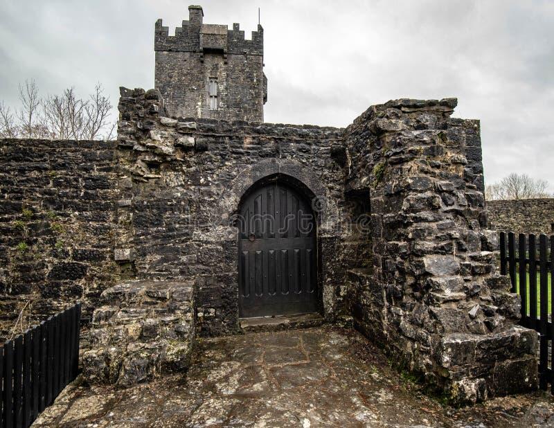 Castello di Aughnanure in Irlanda fotografia stock