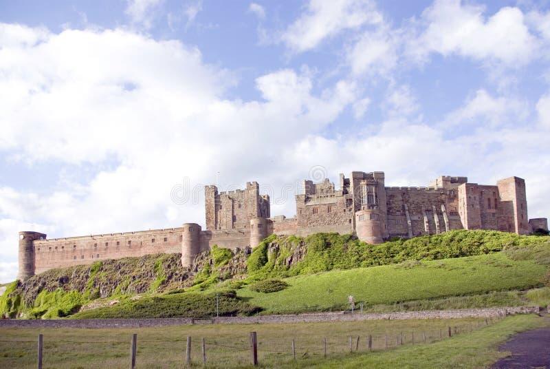 Castello di Bamburgh dal Nord fotografia stock libera da diritti