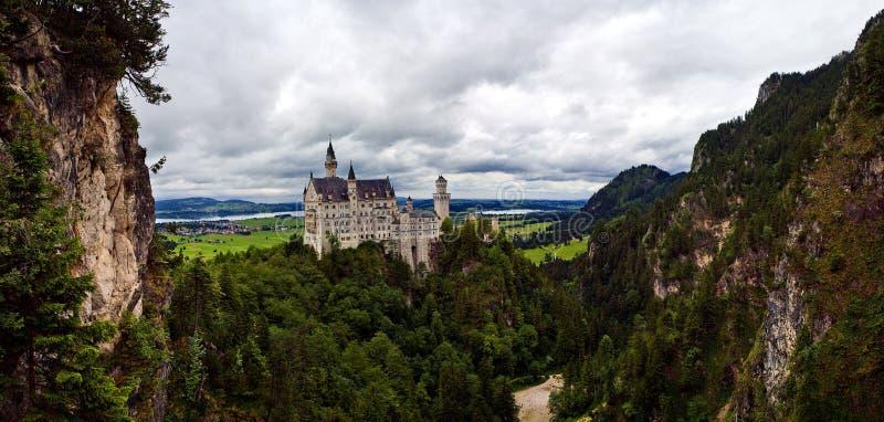 Castello di Bautifull il Neuschwanstein in Baviera fotografia stock libera da diritti