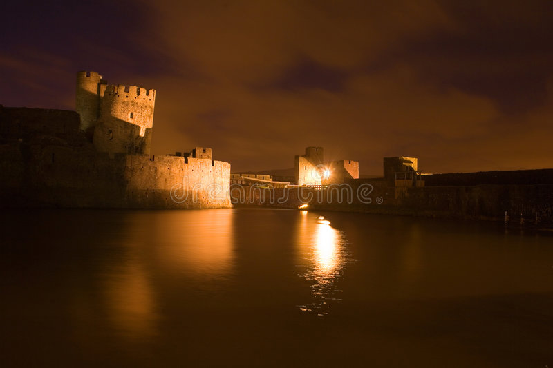 Castello di Carephilly a evenlight fotografia stock libera da diritti