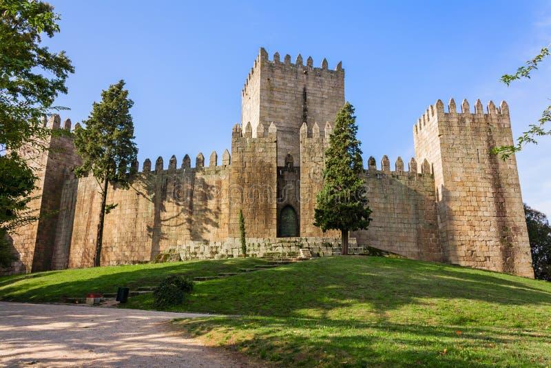 Castello di Castelo de Guimaraes La maggior parte del castello famoso nel Portogallo immagine stock libera da diritti
