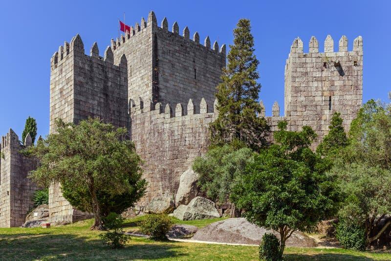 Castello di Castelo de Guimaraes La maggior parte del castello famoso nel Portogallo fotografia stock