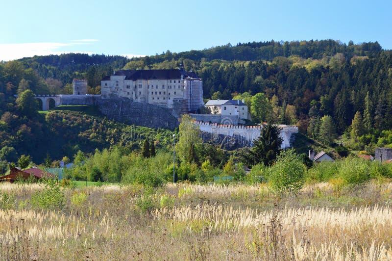 Castello di Cesky Sternberk, repubblica Ceca della Boemia fotografie stock libere da diritti