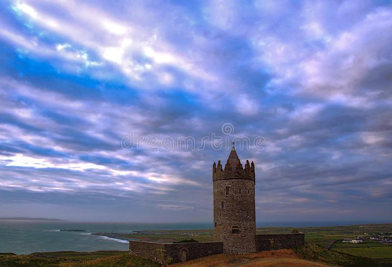 Castello di Doonagore immagini stock