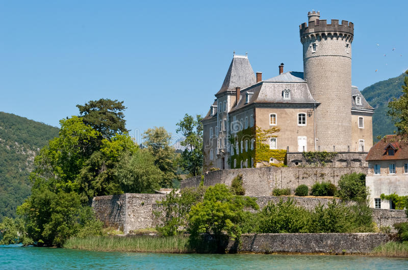 Castello di Duingt, lago annecy, Francia fotografia stock