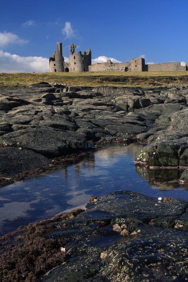 Castello di Dunstanburgh fotografie stock libere da diritti