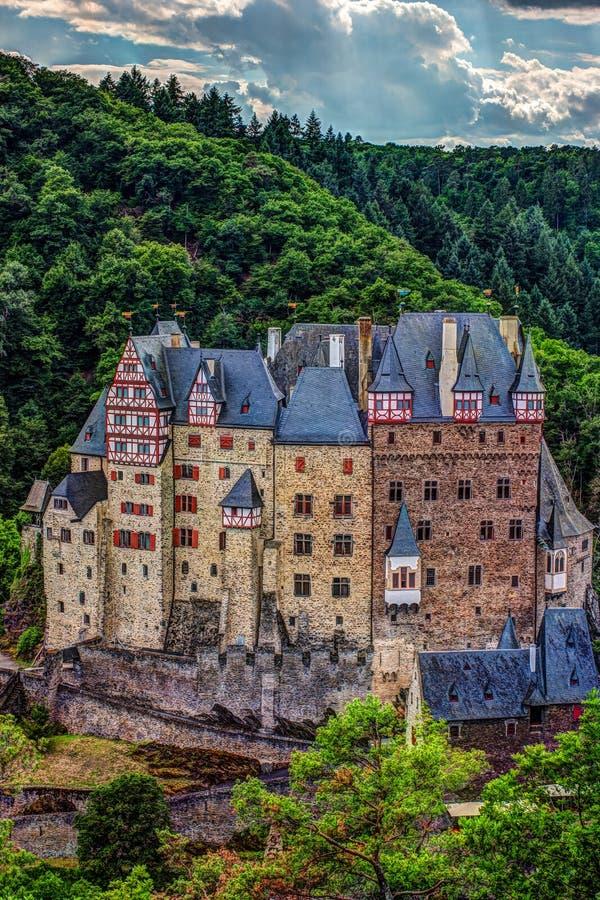 Castello di Eltz in Renania Palatinato, Germania fotografie stock libere da diritti