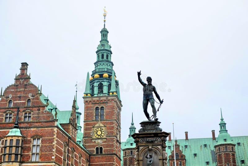 Castello di Frederiksborg a Hillerod, Danimarca fotografia stock
