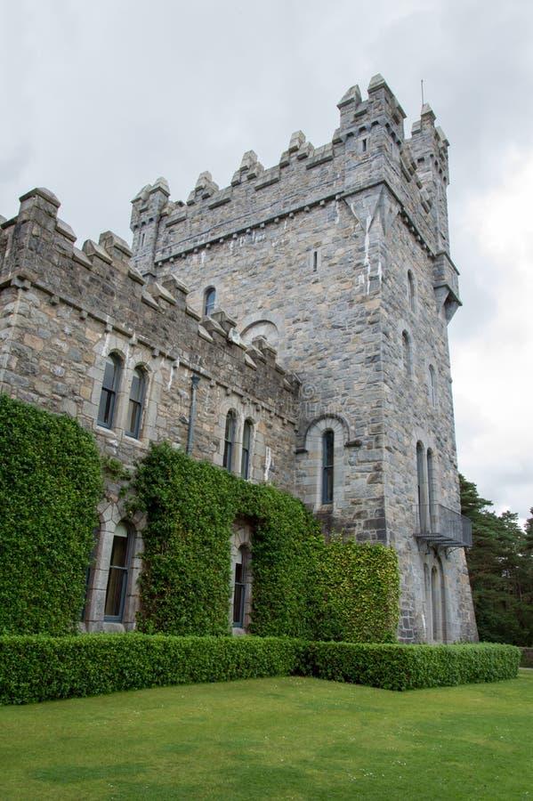 Castello di Glenveagh in Irlanda immagini stock libere da diritti