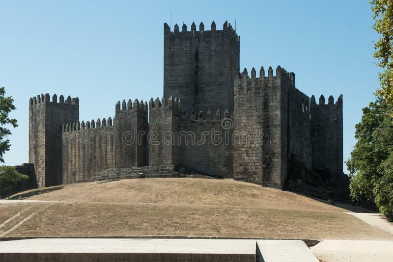 Castello di Guimaraes - castello medievale a Guimaraes immagine stock