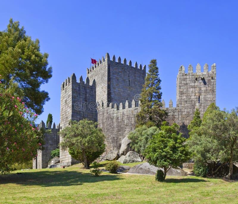 Castello di Guimaraes, Portogallo immagini stock libere da diritti