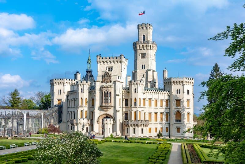 Castello di Hluboka nad Vltavou in repubblica Ceca fotografie stock libere da diritti