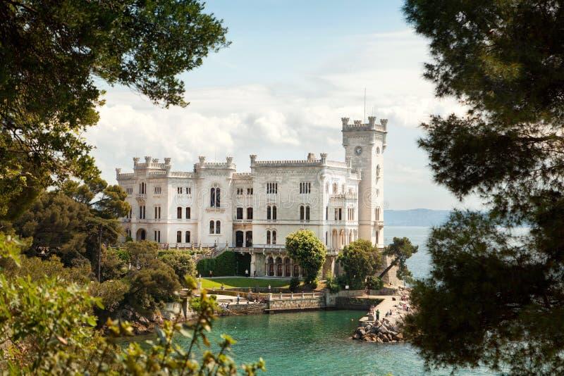 Castello di Miramare, Trieste, Italia immagini stock libere da diritti