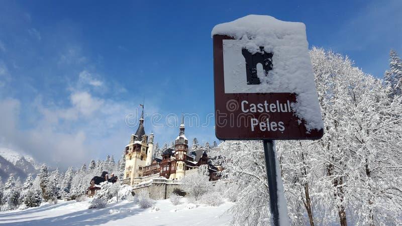 Castello di Peles - inverno - segno immagine stock libera da diritti