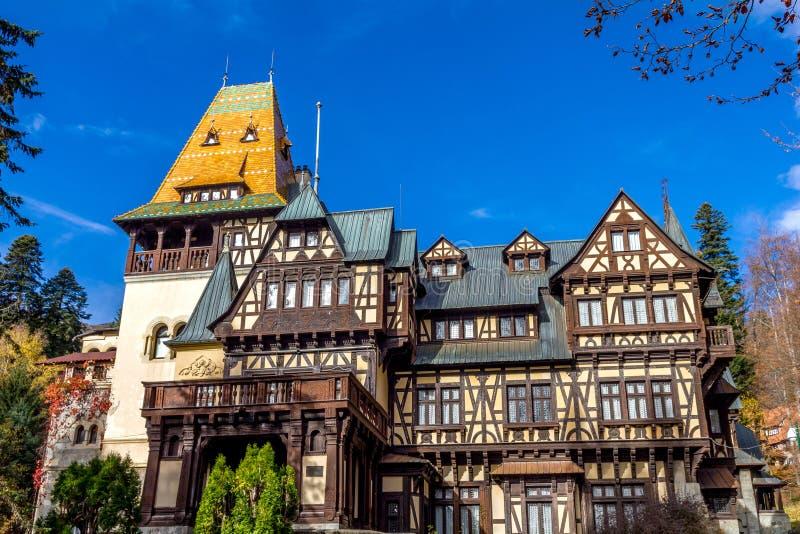 Castello di Pelisor, Sinaia, Romania fotografia stock
