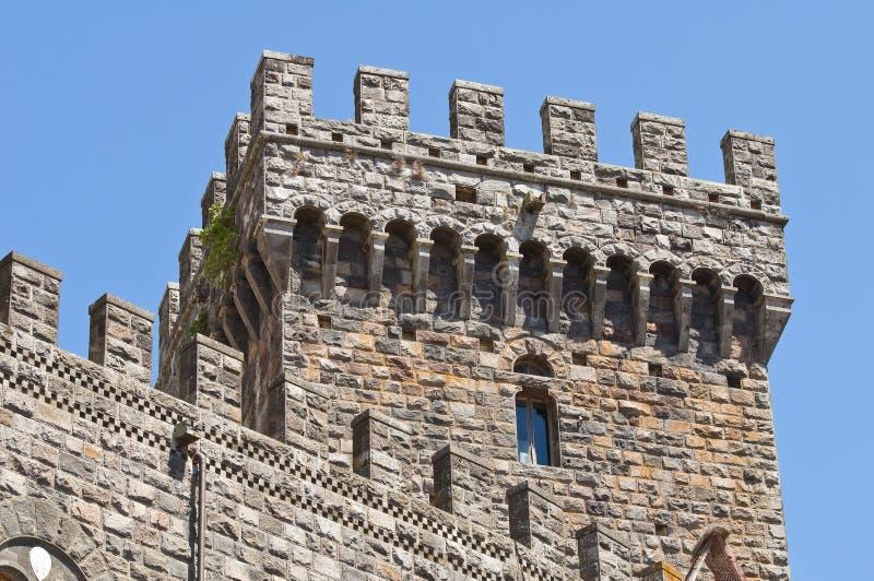 Castello di Torre Alfina. Il Lazio. L'Italia. immagini stock