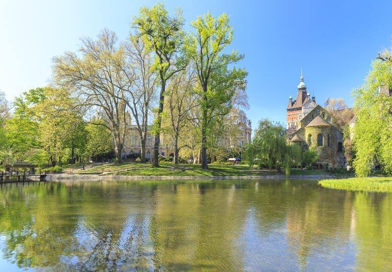 Castello di Vajdahunyad a Budapest fotografia stock libera da diritti