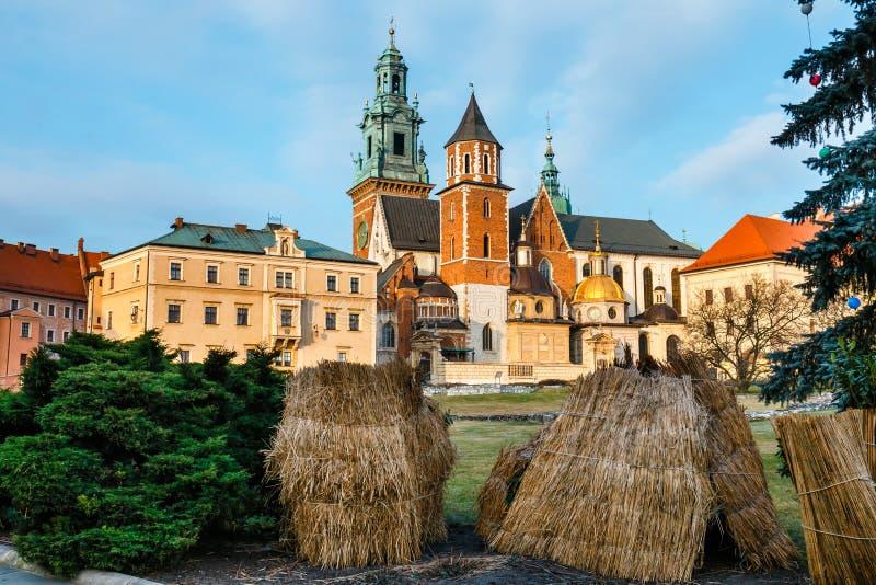 Castello di Wawel a Cracovia, una del punto di riferimento più famoso in Polonia fotografie stock libere da diritti