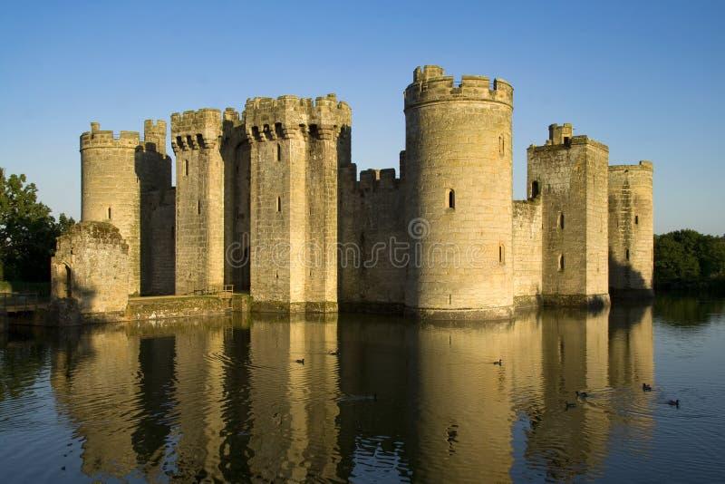 Castello e fossato fotografia stock