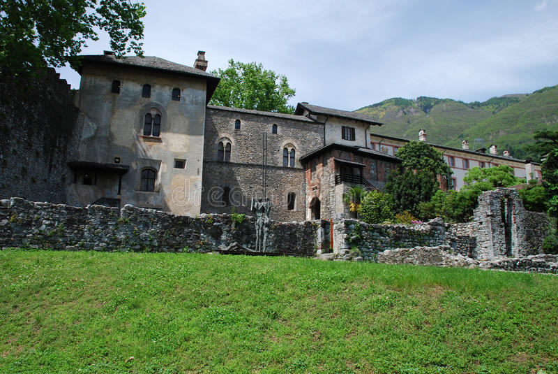 castello Locarno część ruines visconteo zdjęcia stock