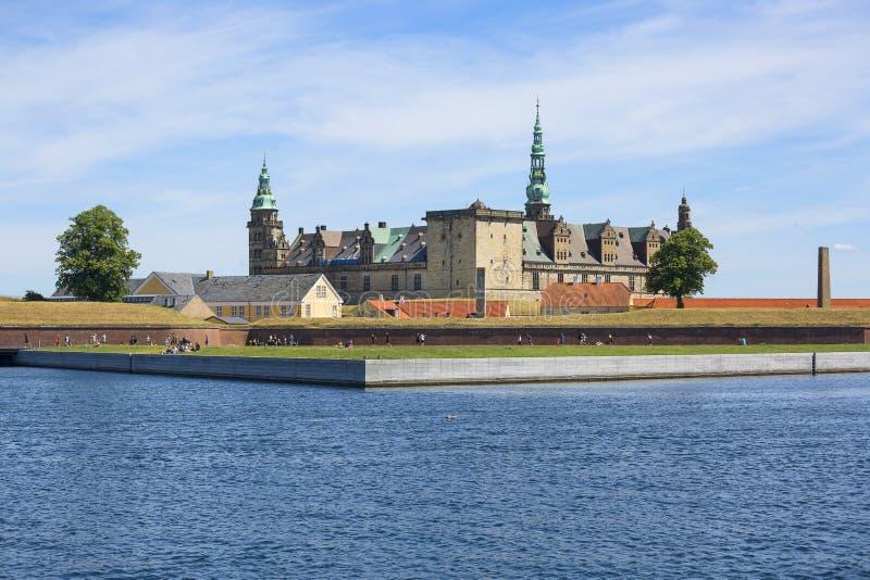 Castello medievale di Kronborg sullo stretto di Oresund, Mar Baltico, Helsingor, Danimarca fotografia stock