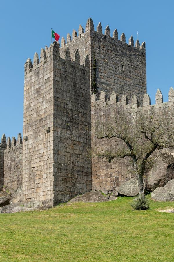 Castello medievale a Guimaraes fotografia stock