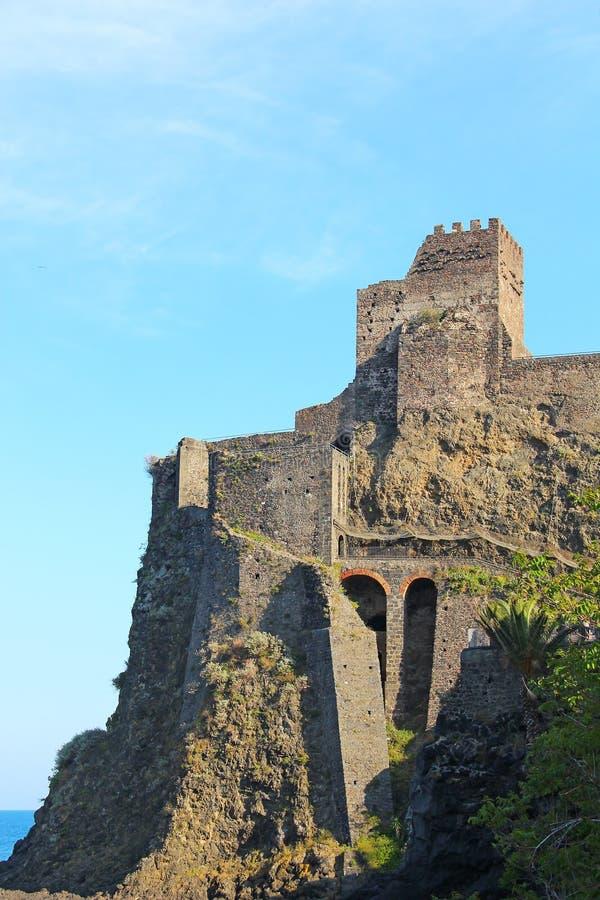 Castello Normanno nel Aci Castello, Sicilia, Italia fotografia stock
