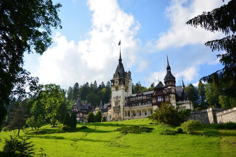 Castello reale di Peles in Sinaia, Romania immagini stock libere da diritti