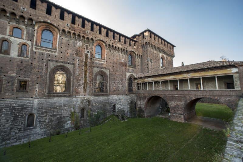 Castello Sforzesco桥梁,米兰 免版税库存照片