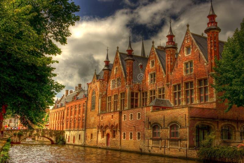 Download Castello surreale immagine stock. Immagine di luce, finestre - 7308091