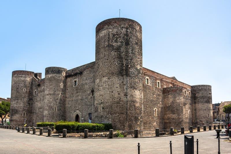 Castello Ursino i Catania, Sicilien, sydliga Italien arkivbilder