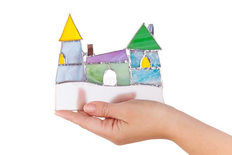 Castello variopinto a disposizione o isolata del vetro macchiato fatto a mano fotografie stock libere da diritti