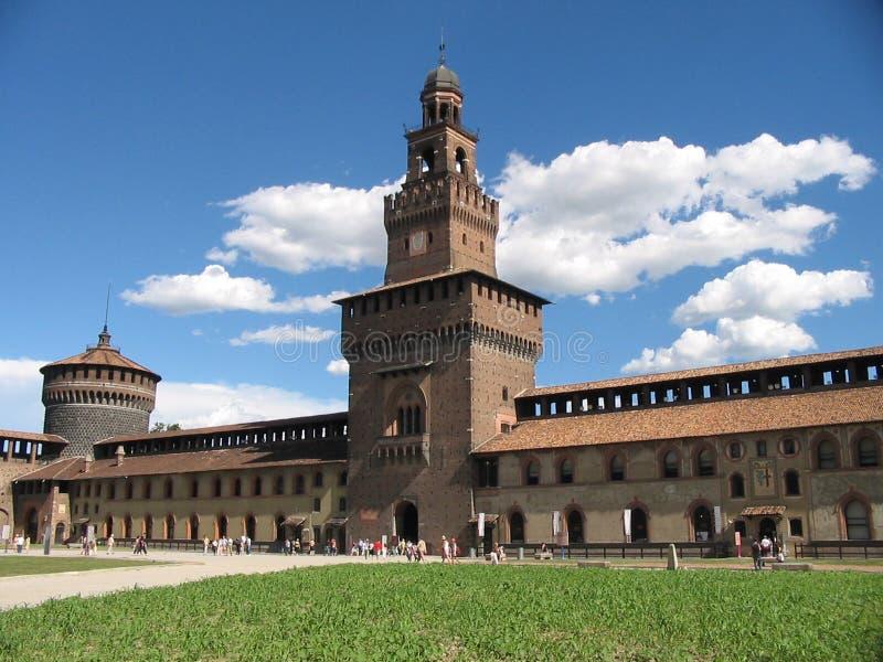 Download Castellodi milano fotografering för bildbyråer. Bild av slott - 32837
