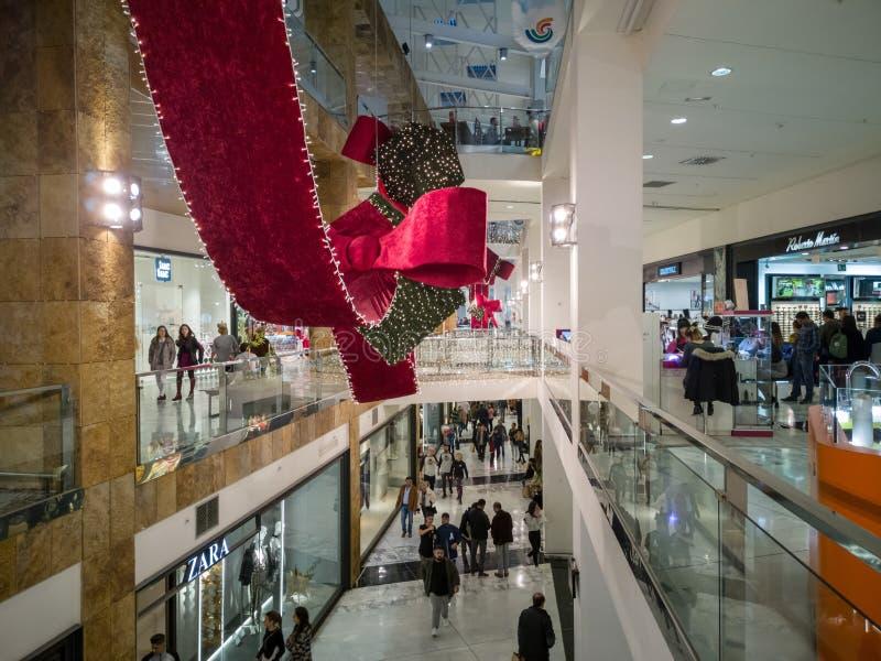 Castellon, Hiszpania 12/22/18: Robić zakupy w centrum handlowym zdjęcie royalty free
