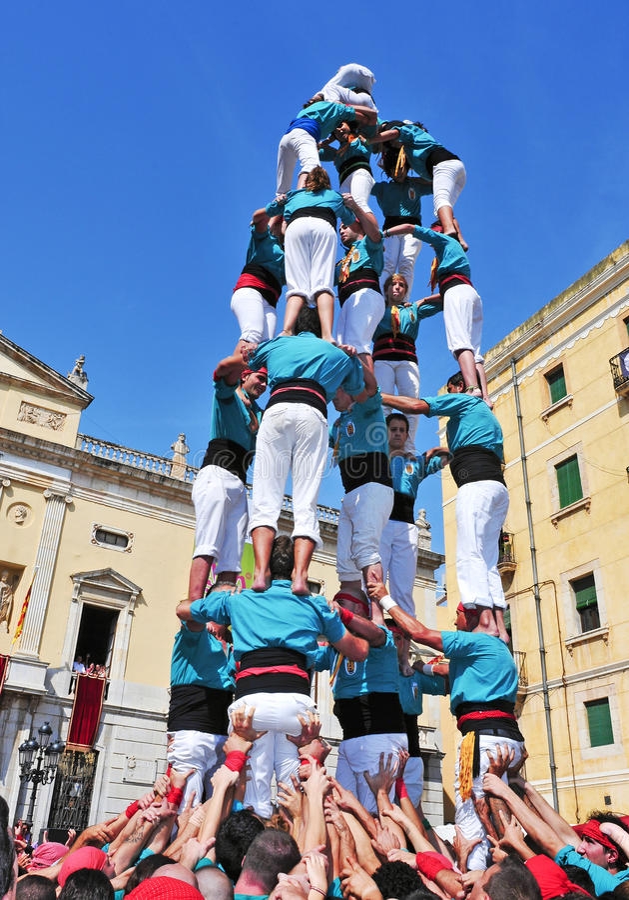 Castells, menselijke torens in Tarragona, Spanje stock afbeeldingen