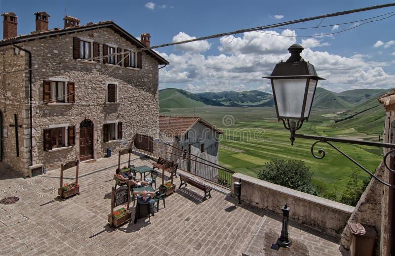 Castelluccio di Norcia - Umbría - Italia imagenes de archivo