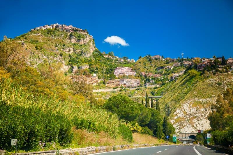 Castelmola och omgivning av Taormina royaltyfria foton