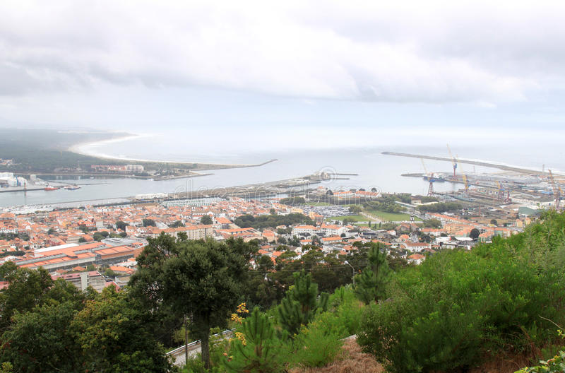 castelo делает реку viana lima Португалии стоковые фотографии rf
