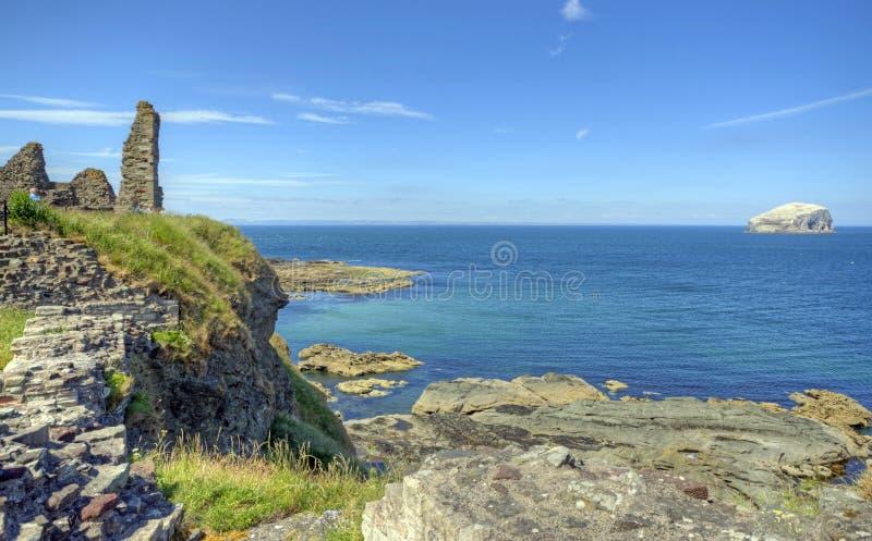 Castelo Bass Rock de Tantallon fotos de stock royalty free