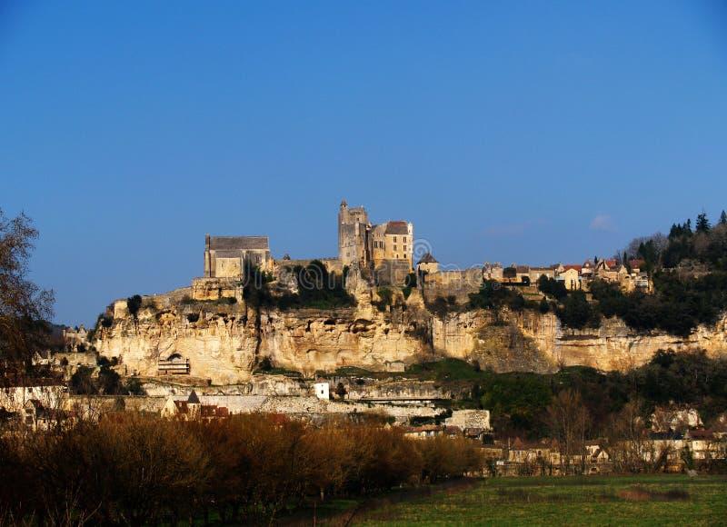 Castelo Baynac no Dordogne fotografia de stock