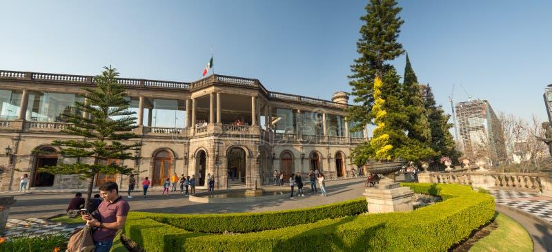 Castelo colonial de Chapultepec, vistas, monte, parque foto de stock