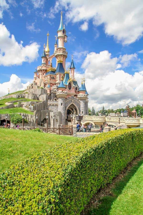 Castelo da Bela Adormecida fotos de stock royalty free