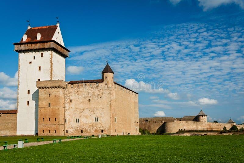 Castelo da fortaleza de Herman e de Ivangorod foto de stock royalty free