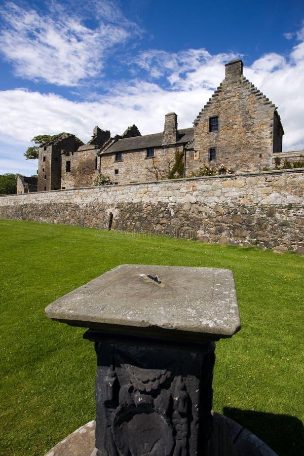Castelo de Aberdour e jardins, Fife fotos de stock