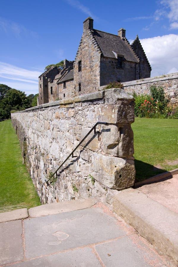 Castelo de Aberdour e jardins, Fife foto de stock